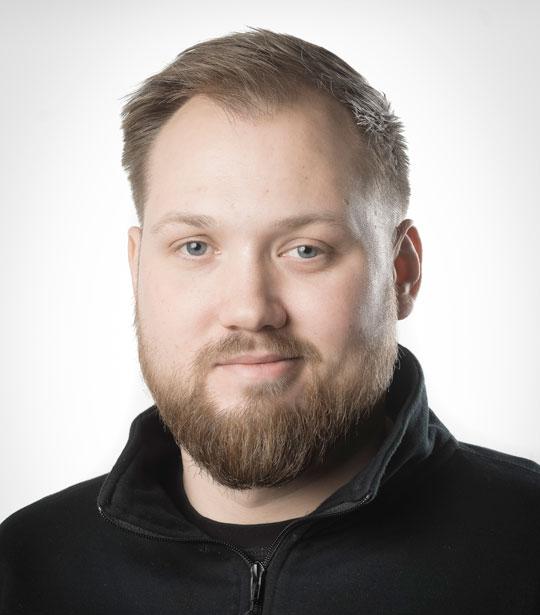 Jonathan Skov